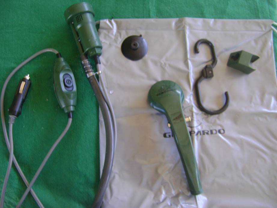 1ed1911f9 O botão de funcionamento do chuveiro foi feito com material a prova d água
