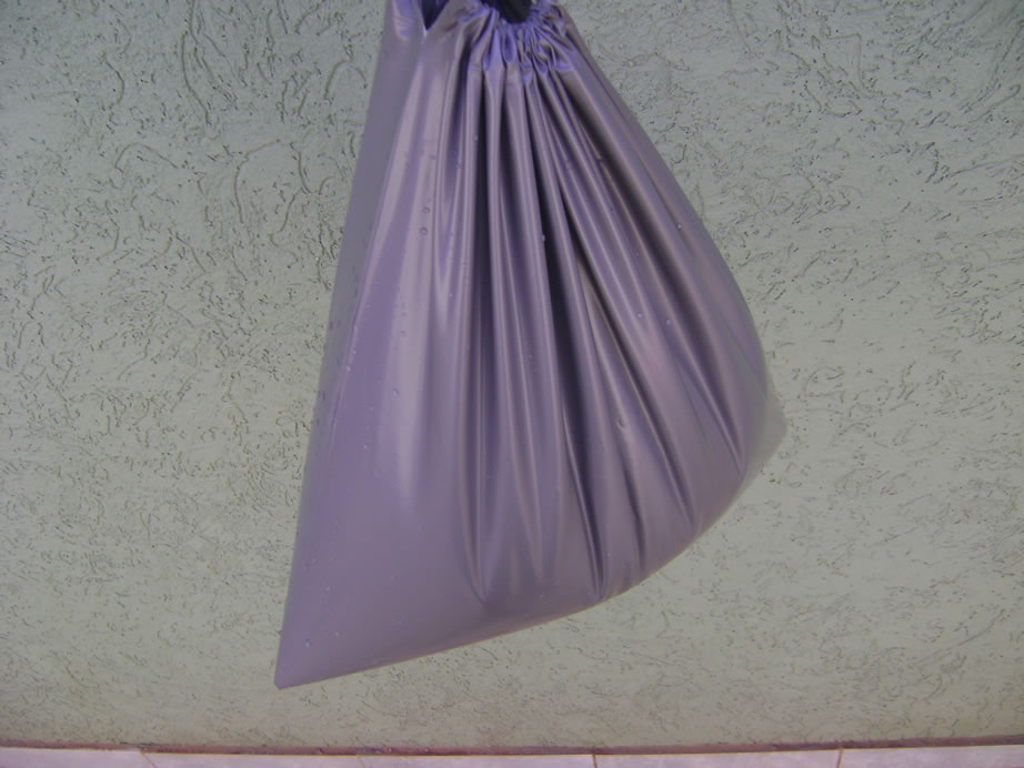 c166f351a A sacola que acompanha o chuveiro pode ser usado como coletor de agua