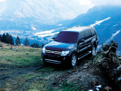 wallpapers_mitsubishi_pajero_2006_1