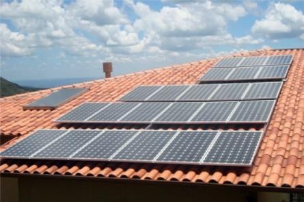 telhado-casa-energia-solar-ciclovivo