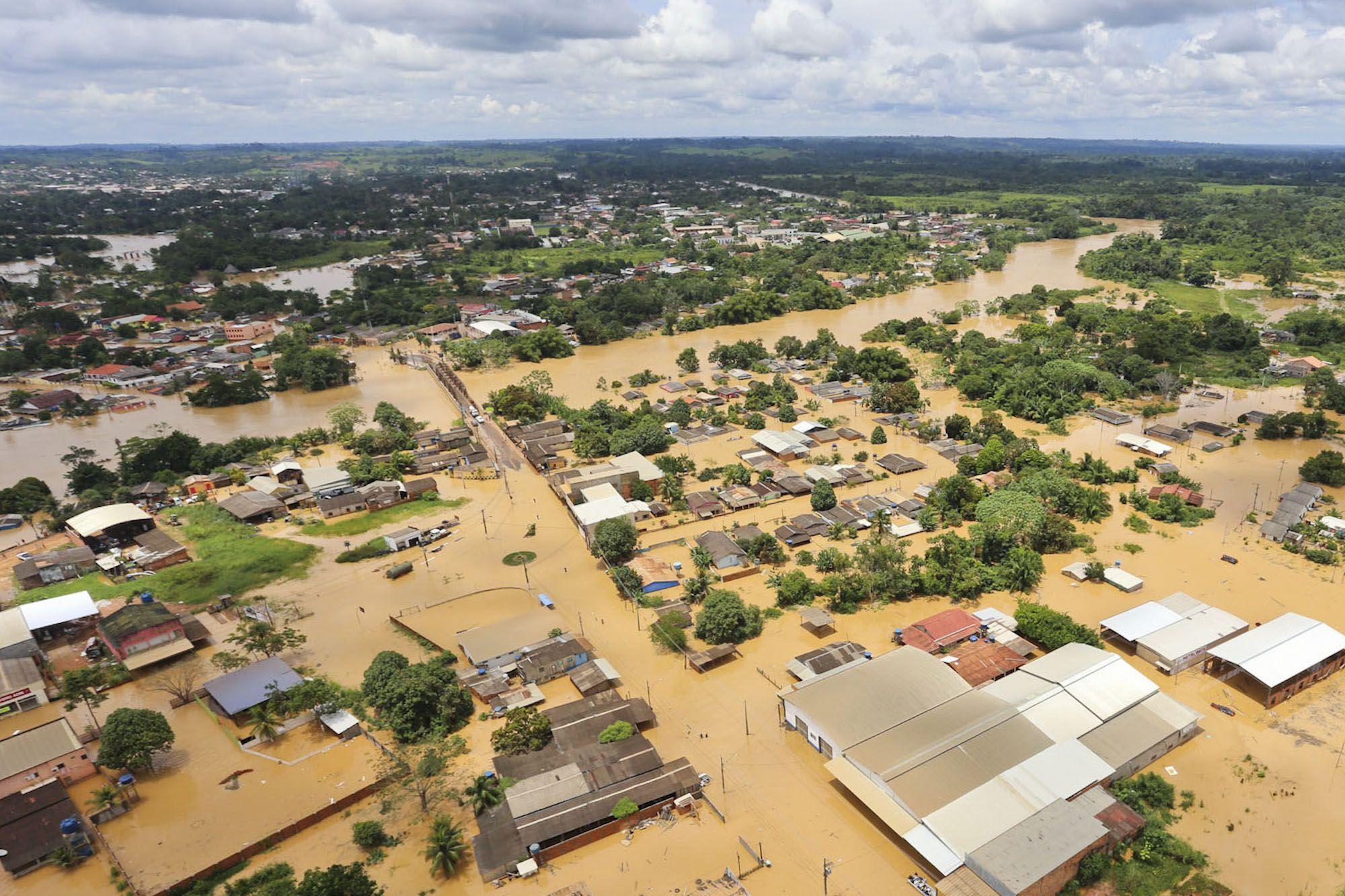 O que fazer em caso de enchente?