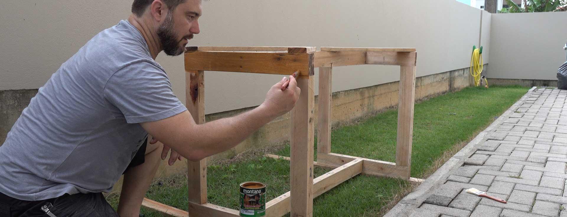 Como fazer uma mesa com pallets e porta usada! – Fundo de Garagem Ep.05