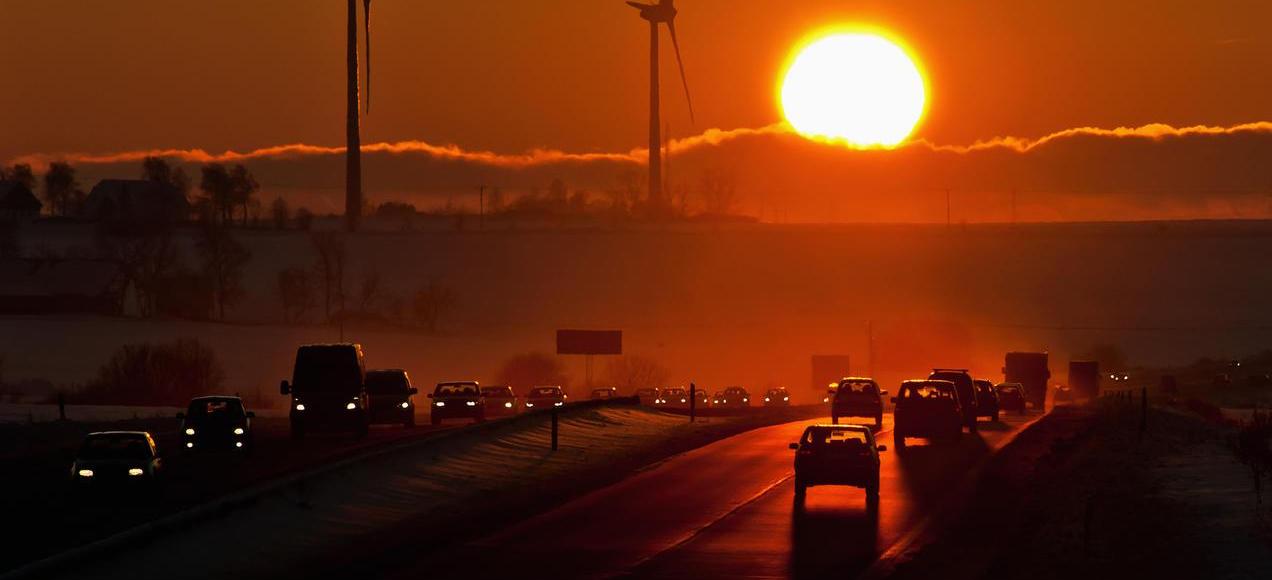 Novo estudo alerta: Alta chance da civilização humana chegar ao fim em 30 anos!