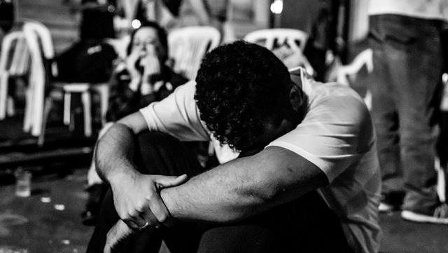 Loucos E Derrotados Ou Um Brinde à Bukowski: Sobrevivencialismo