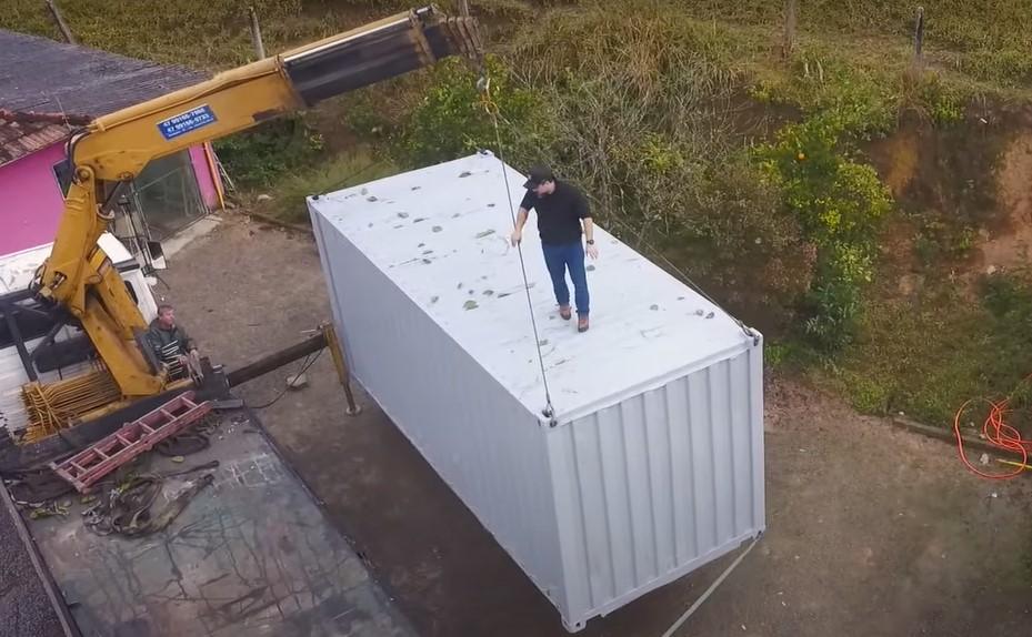 Vamos transformar um CONTAINER em uma BASE AVANÇADA! – Base Container Ep.1